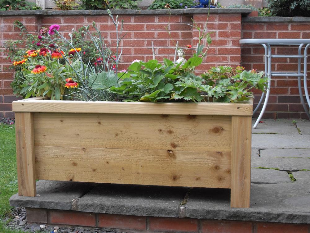 Wooden garden troughs planters ashbrook woodcraft for Garden planters uk